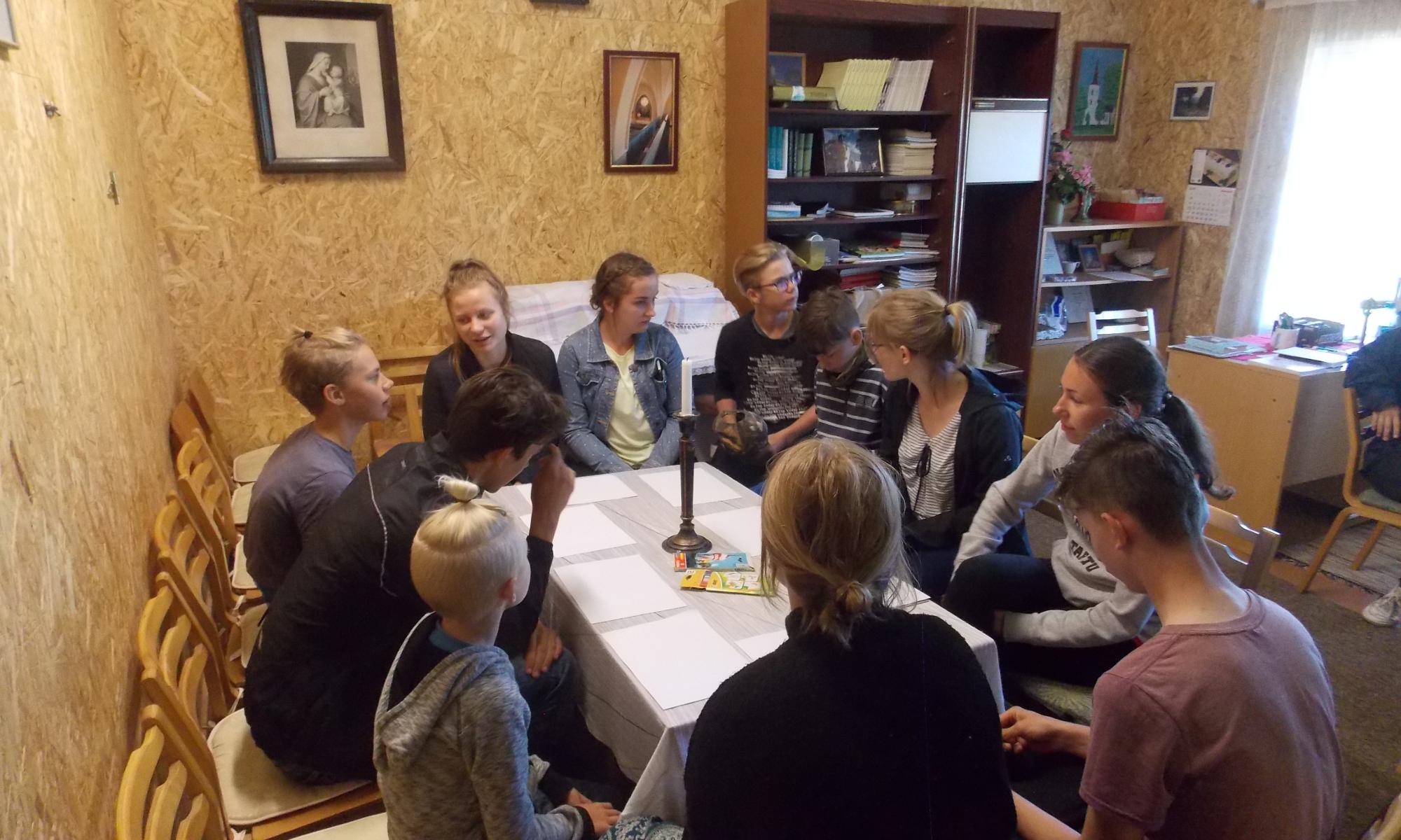 Saaremaa YWCA-YMCA
